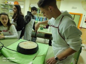 Fiesta de los crepes por el alumnado de 4º de ESO